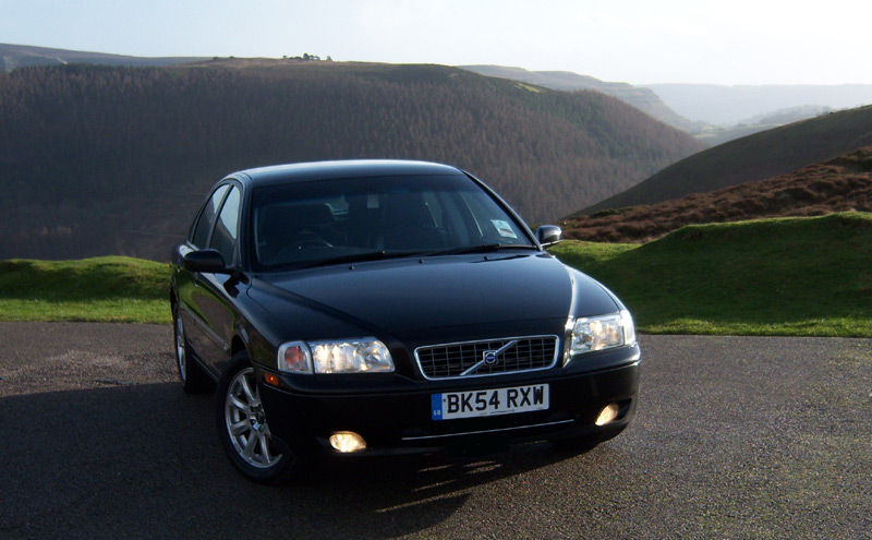 Image of Volvo S80 saloon helps customers find out more About DrivenByQ