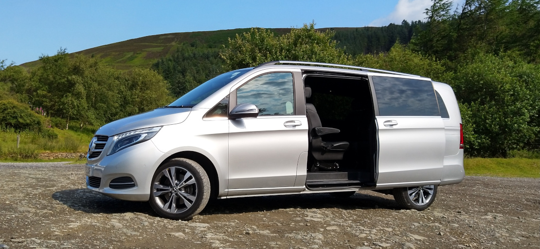 Picture of 2019 Mercedes V Class with open door