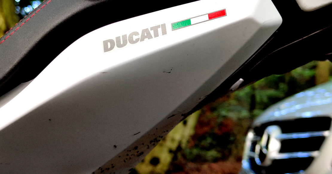 A close up picture of the Ducati logo