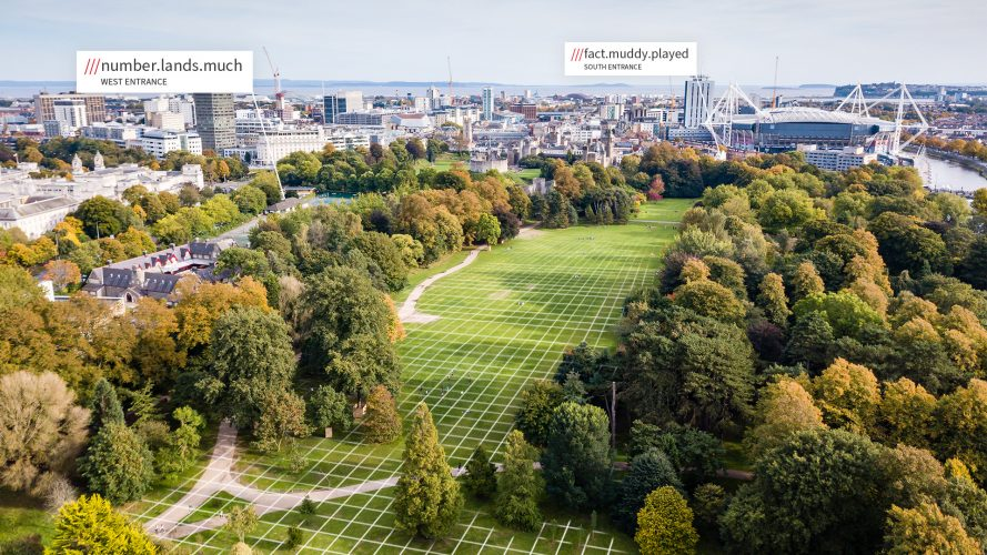 image of how what3words divides an area in to a grid